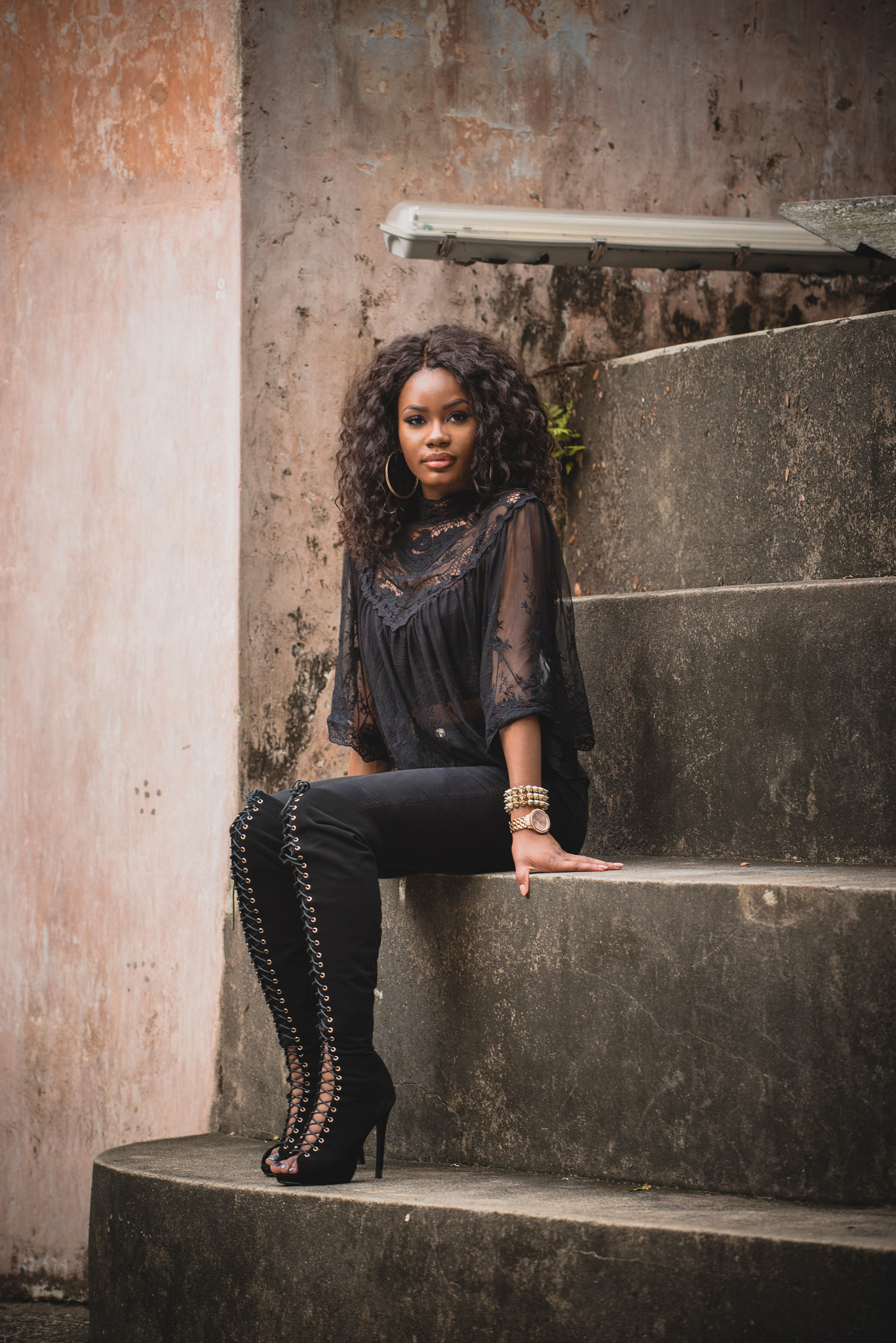 Billykiss Azeez – Your Favourite Muse - Classy Bad Girl Outfit – Black laced top with black High-waisted Jeans and Thigh High Boots. Forever21, Fashionnova. Fashion Blogger - Irish Nigerian.