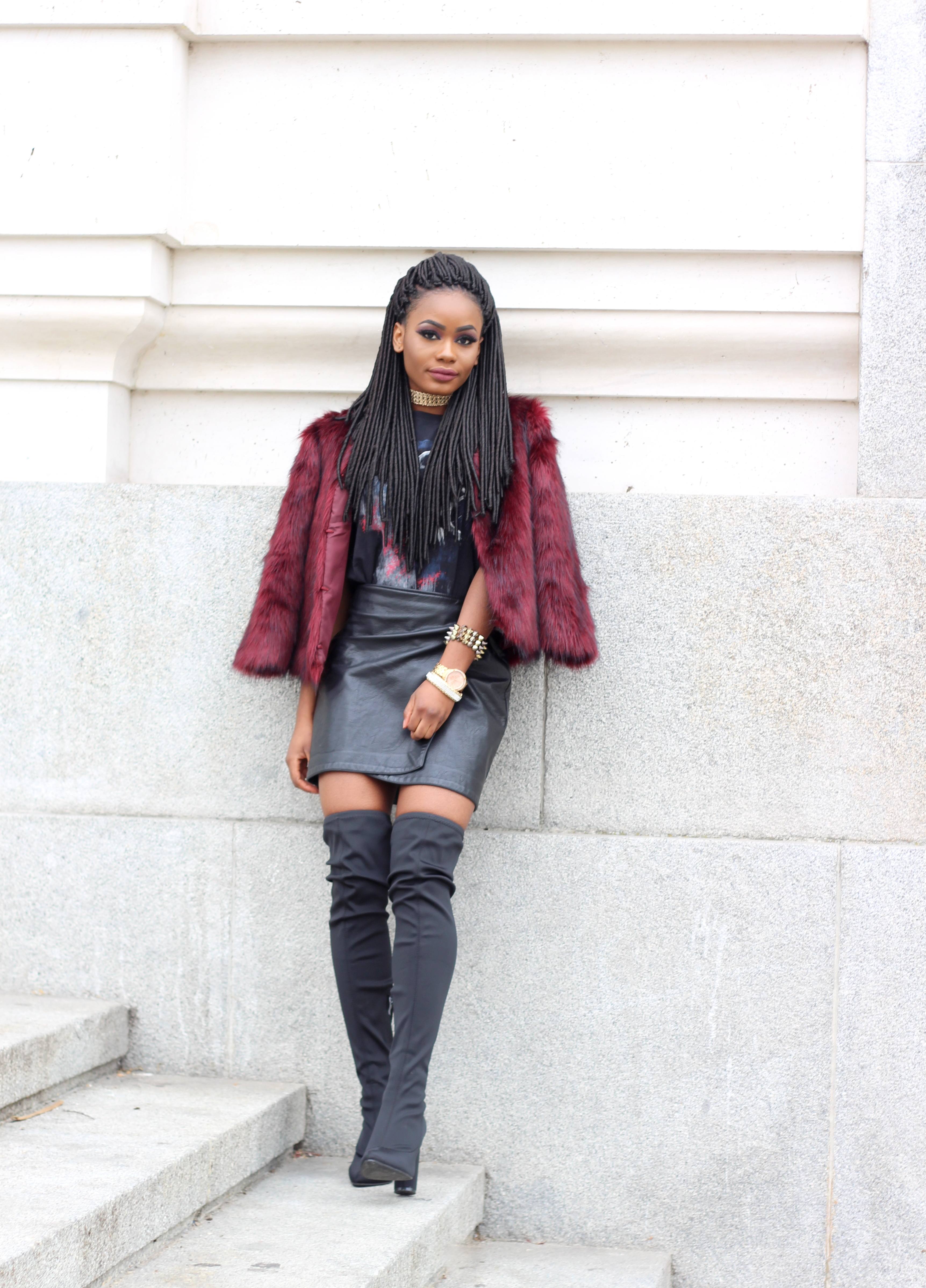 Billykiss Azeez. Your Favourite Muse. Fashion Irish Blogger. African Blogger. Street style. Stradivarius Burgundy Faux Fur Coat. Primark Printed T-shirt. Stradivarius Leather Skirt. Lasula Thigh High Boots. Winter Style. Faux Locs. JorieHair. High Fashion. A/W 16.