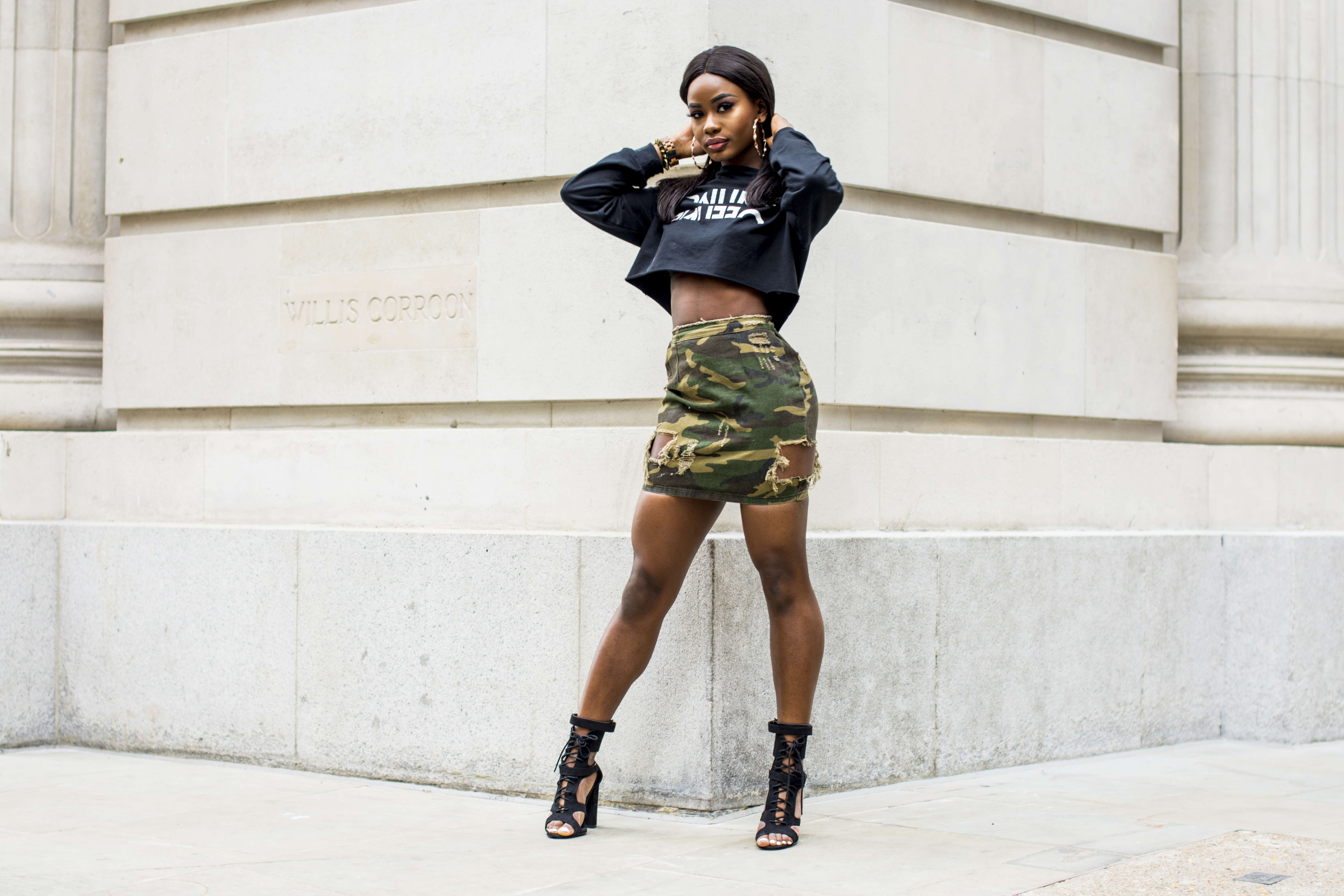 Billykiss Azeez. Your Favourite Muse. Fashion Irish Blogger. African Blogger. AW17. Windsor. Missguided. H&M. JORD wood watches. Camo Trend.