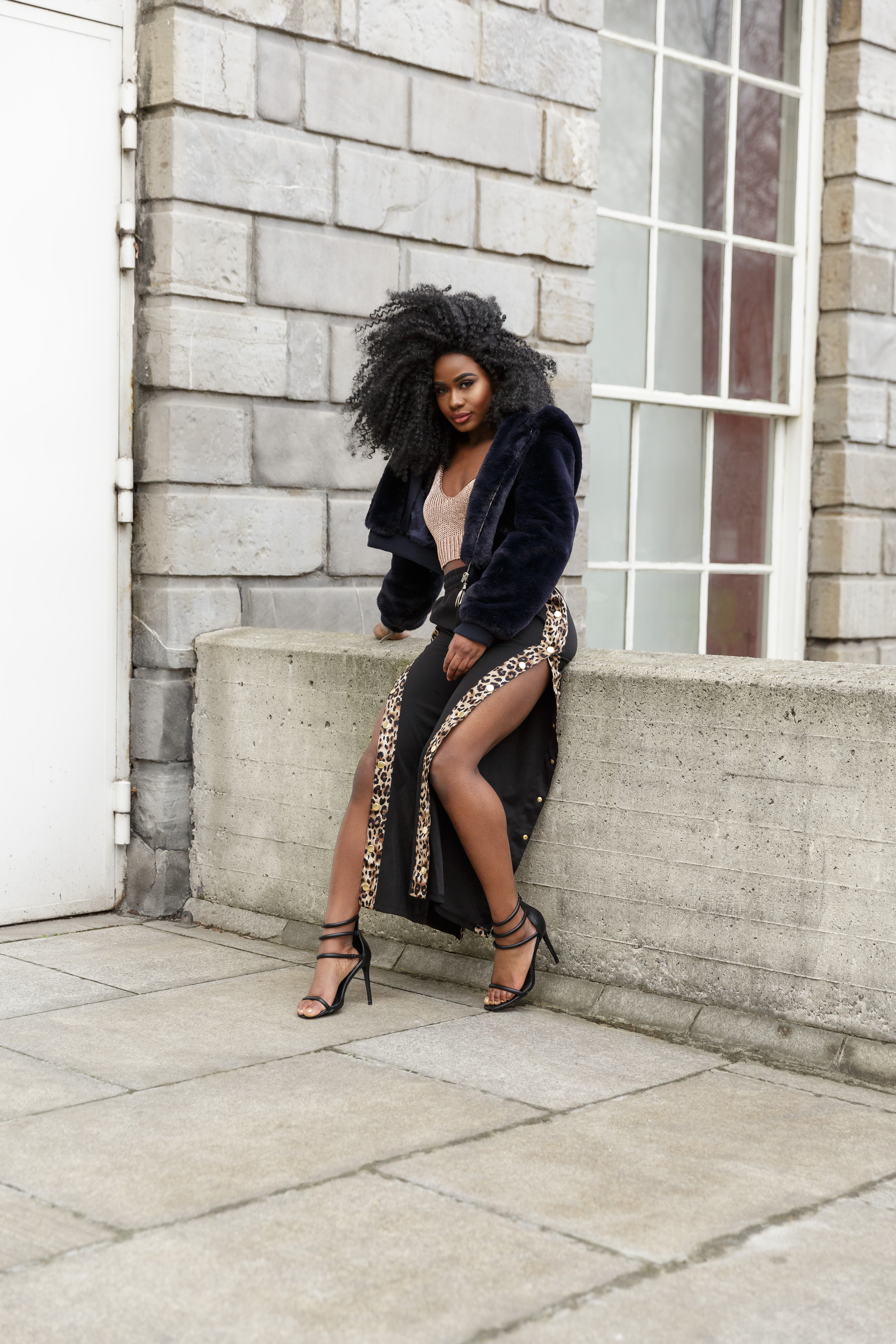 Billykiss Azeez. Your Favourite Muse. Fashion Irish Blogger. African Blogger. AW17. Cluses. MissyEmpire. Missguided. Boohoo. PrettyLittleThings. Urban Style.